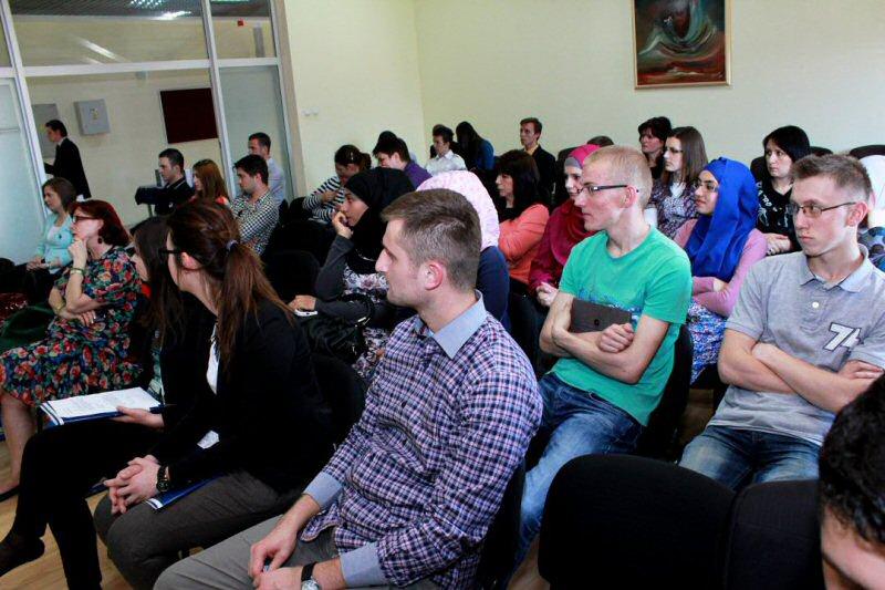 publika na promociji (2)